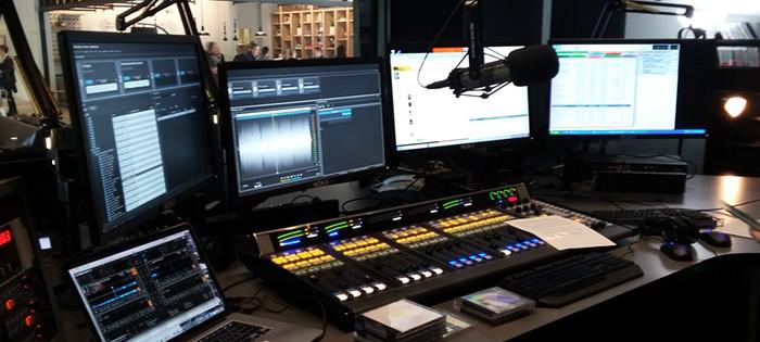 stacja radiowa