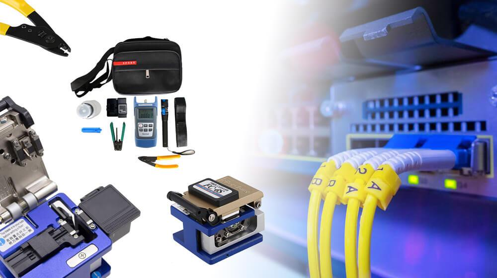 Przygotowanie włókna światłowodowego przed spawaniem – niezbędne narzędzia